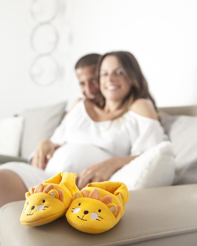 reportage gravidanza coppia scarpine bimbo