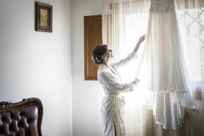 la-preparazione-della-sposa-fotografo-matrimonio-napoli