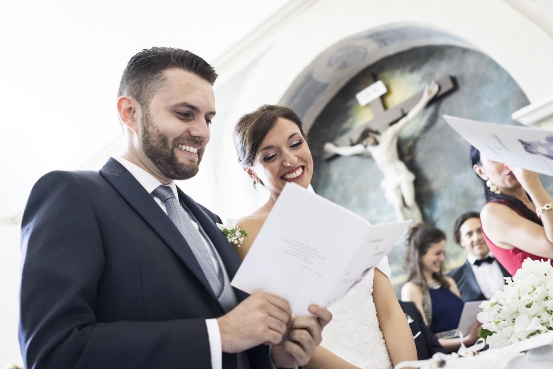 fotografia-matrimonio-napoli-sposi-cerimonia-in-chiesa