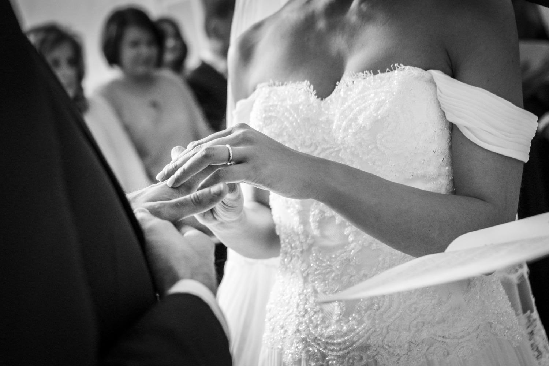 168-fotografia-matrimonio-napoli-scambio-delle-fedi