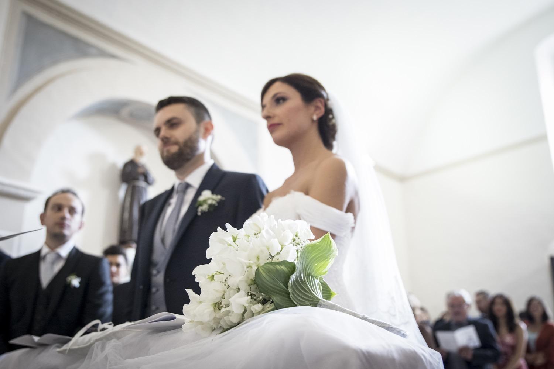 173-sposi-in-chiesa-fotografia-matrimonio-napoli