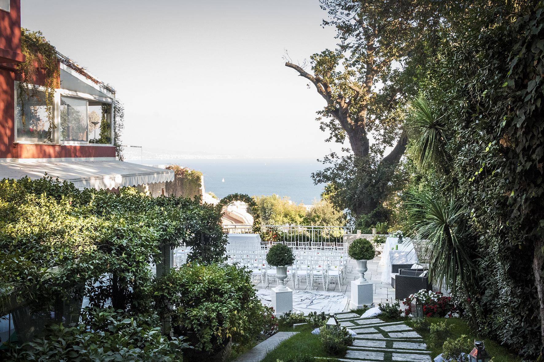 villa-vittoria-posillipo-location-rito-civile-fotografia-matrimonio-napoli