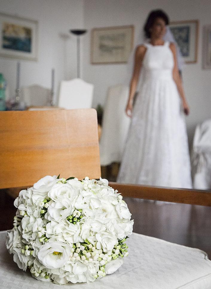 sposa-bouquet-fotografia-matrimonio-napoli