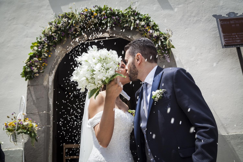 208-lancio-del-riso-fotografia-matrimonio-napoli