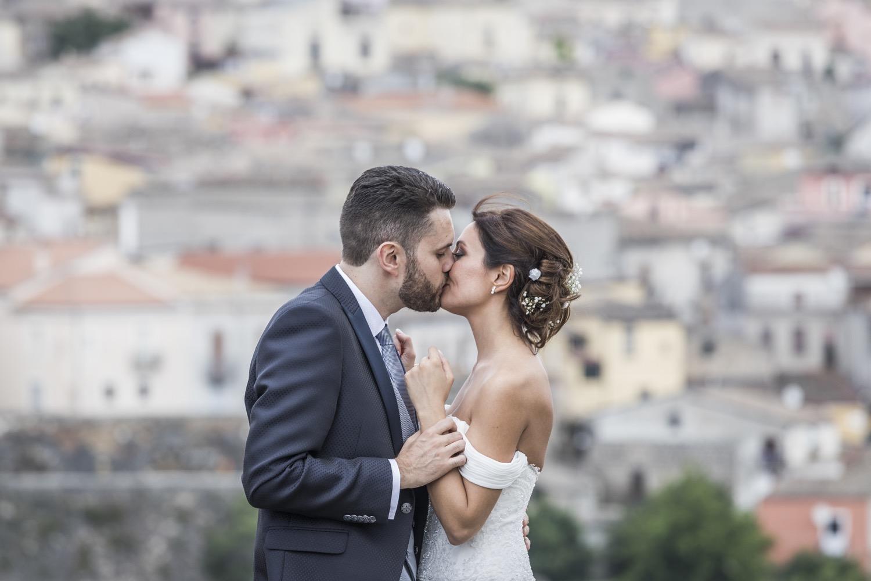 229-bacio-degli-sposi-fotografia-matrimonio-napoli