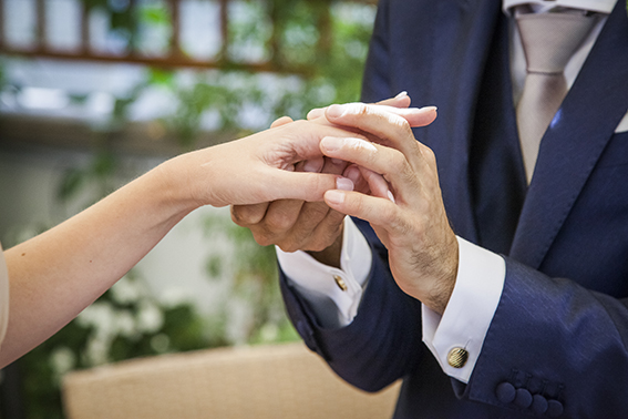 scambio-delle-fedi-fotografia-matrimonio-napoli