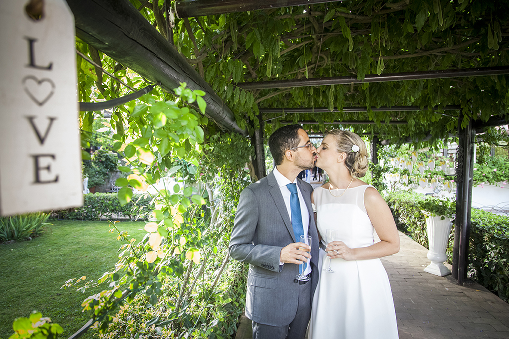 brindisi-degli-sposi-fotografia-di-matrimonio-napoli
