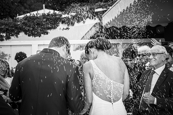 fotografia-matrimonio-napoli-lancio-del-riso