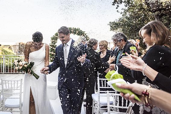 31-lancio-del-riso-fotografia-matrimonio-napoli