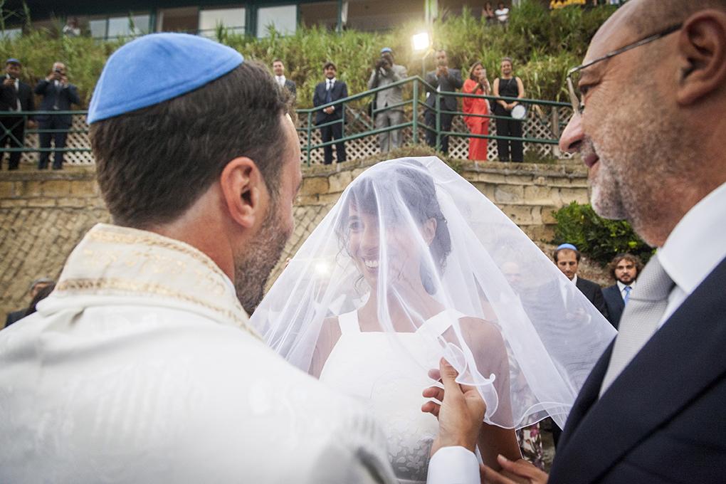 sposa-con-velo-fotografia-matrimonio-ebraico-napoli
