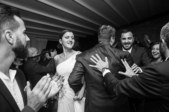 fotografia-matrimonio-napoli-festa-balli-con-gli-amici