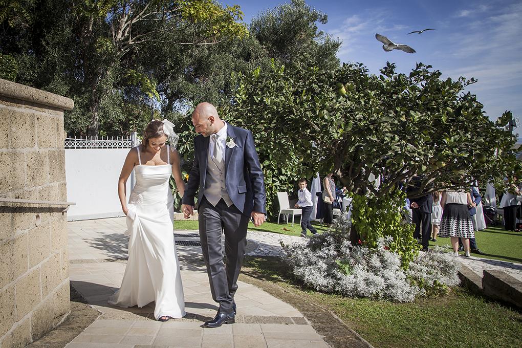 fotografia-matrimonio-napoli-sposi-villa-mirabilis