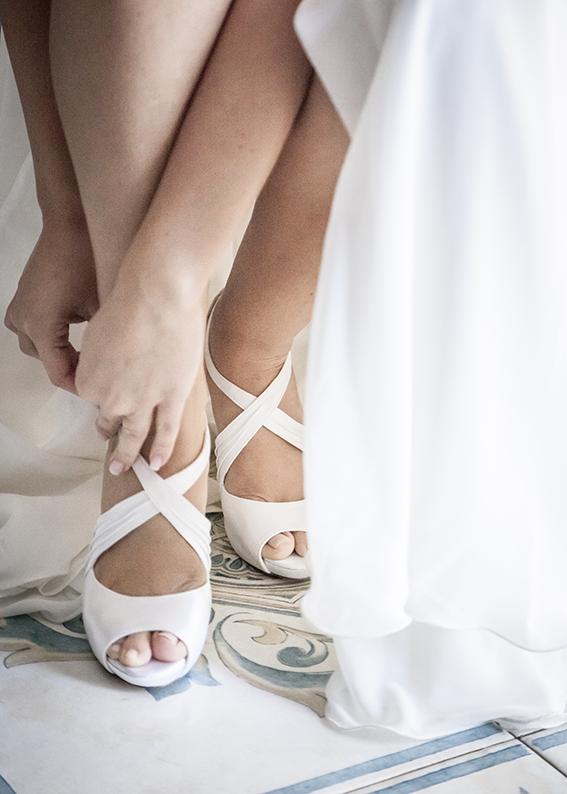 6-scarpe-della-sposa-fotografia-matrimonio-napoli