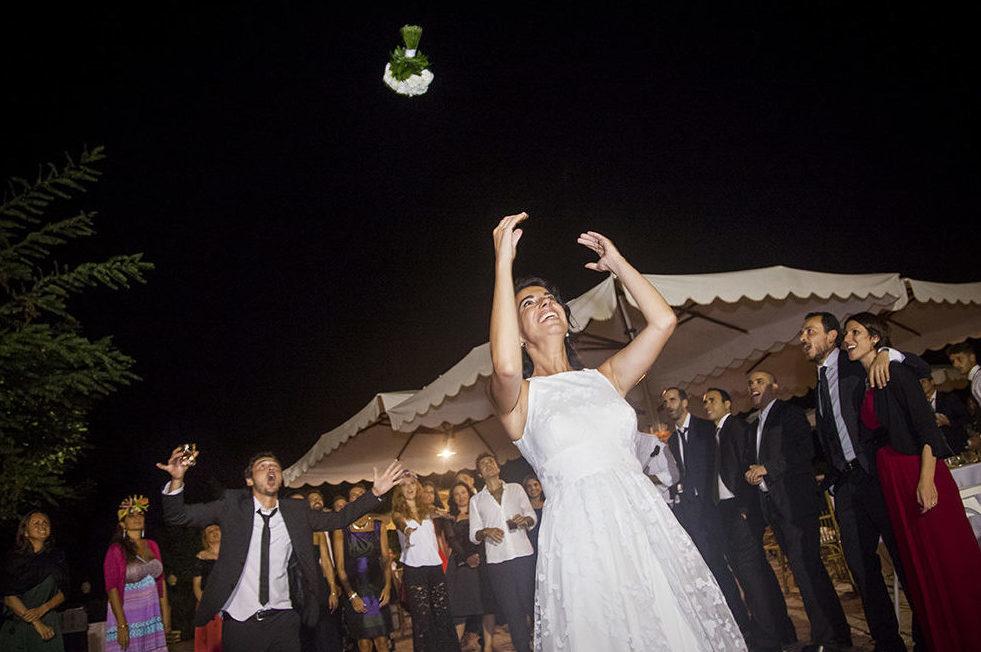 lancio-del-boquet-fotografia-matrimonio-napoli
