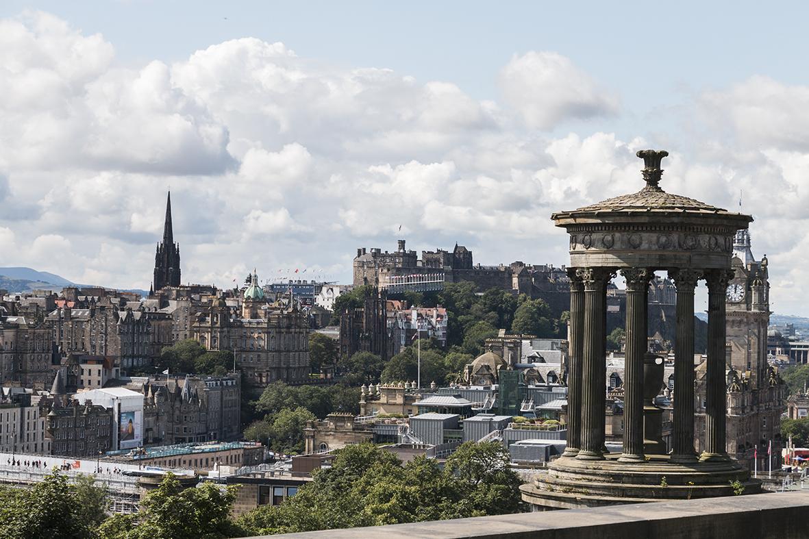 edimburgo-castello-monumento-nazionale-scozia-viaggio-di-nozze-doppioscatto-fotografie